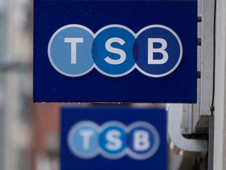 Bank Fail: Scottish customers fume as TSB app and website down as banking problems continue after IT meltdown