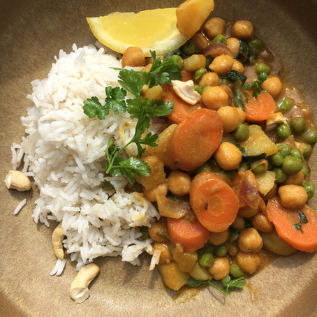 Veganes Kartoffel-Kichererbsen Curry