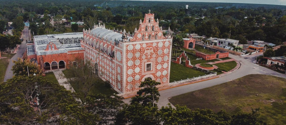 La hermosa iglesia de Uayma.