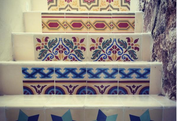 Mosaico de pasta, herencia de la época colonial en Yucatán.
