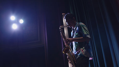 Alex playing at Palace (1).jpg
