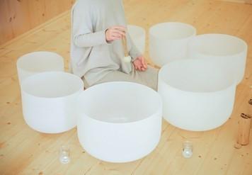 crystal-singing-bowls-sound-healing-260nw-1616548990.jpg