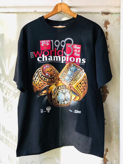 Michael Jordan ERA Chicago Bulls 1993 World Champions T-shirt