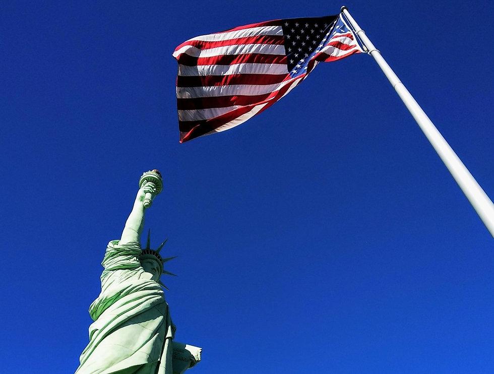 The Statue of Liberty at Hotel NY NY, Las Vegas_edited_edited_edited.jpg