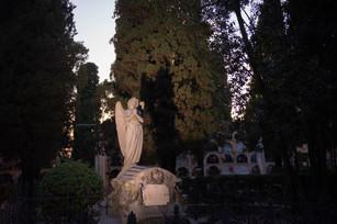 21-06-12-EVA-cementiri-05.jpg
