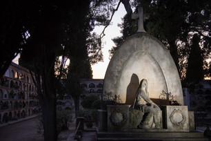 21-06-12-EVA-cementiri-06.jpg