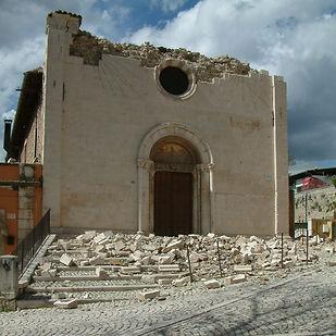 danni edificio storico_edited.jpg