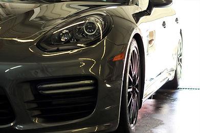 PorscheSide.JPG
