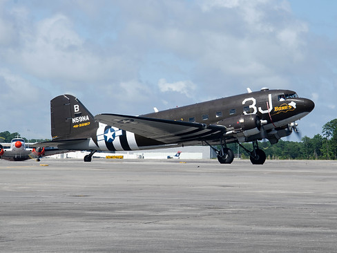 C-47A Dakota / UC-45J Expedito
