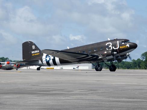 C-47A Dakota / UC-45J Expedito