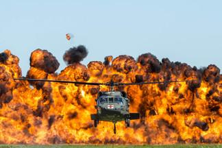UH-60 Blackhawk & Wall of Fire