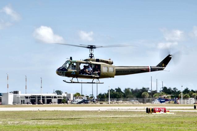 "UH-1 Iroquois / HU-1 ""Huey"""