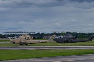 AH-1 Cobras