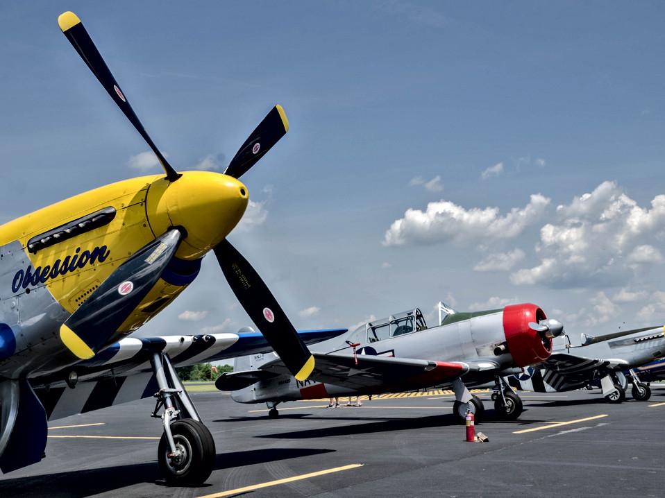 P-51D - SNJ-6 - P-51D