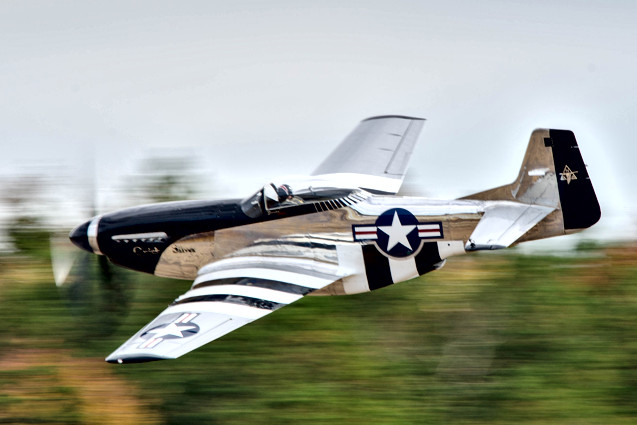 """P-51D Mustang """"Quick Silver"""""""