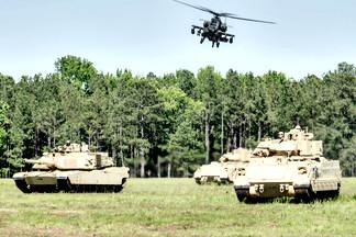 AH-64 Apache / M1A1 Abrams / M1A2 Bradley