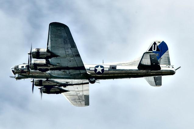 "B-17G Flying Fortress ""Sentimental Journey"""