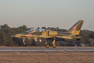 L-39 Albatros Elemen Take-off