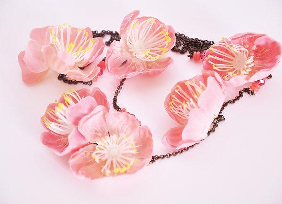 Collection Eclosion - sautoir «Fleurs de cerisier »