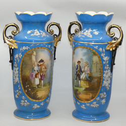 PAIR OF CONTINENTAL EUROPEAN MANTLE VASES