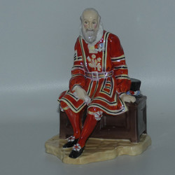 ROYAL DOULTON FIGURE YEOMAN OF THE GUARD