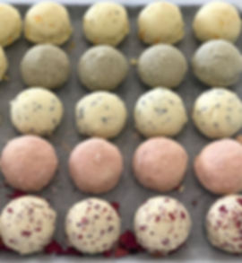 Bath truffles are my new favourite. Made with shea and jojoba they are super moisturing when used in the bath.