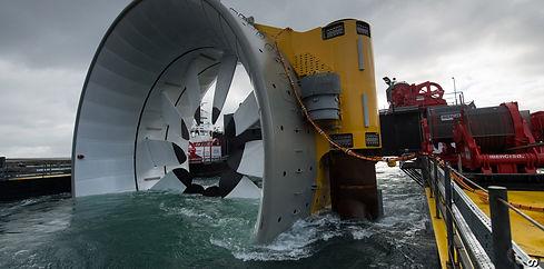 tests-of-open-centre-turbine-prior-to-de