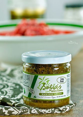 Olive Tapenade with Roasted Serrano Pepp