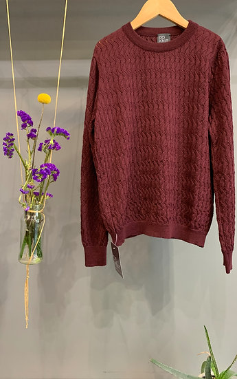 Lace Pull - Burgundy