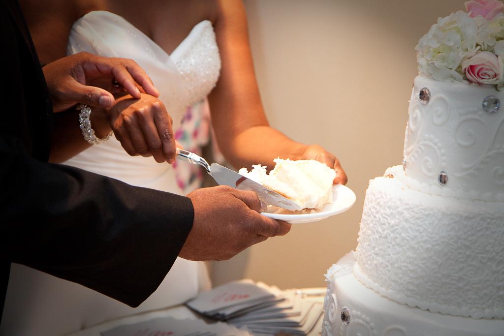 #6 cutting cake