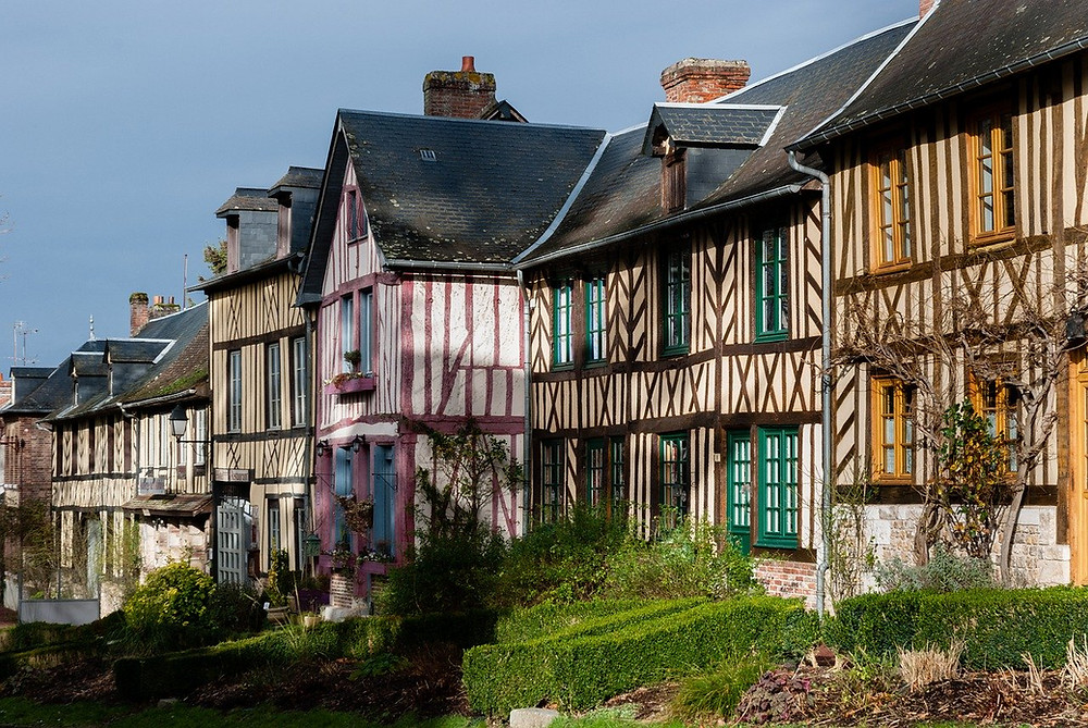Half-timbered properties in Le Bec-Hellouin