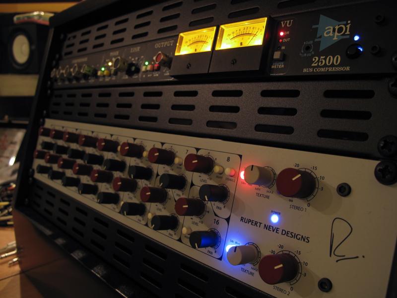 Al Fondino Studio - Rack