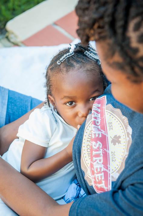 mother-child-breastfeeding-rebeccacarol