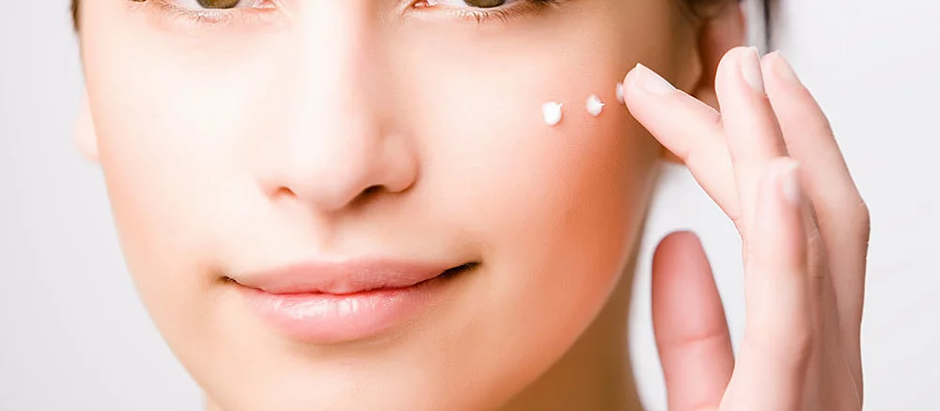 10 Natural skincare routine tips, Best skin product, and treatment.