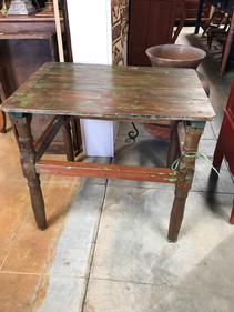 Colonial Tavern Table
