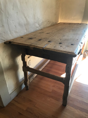 Side View of Mexican Hacienda Table