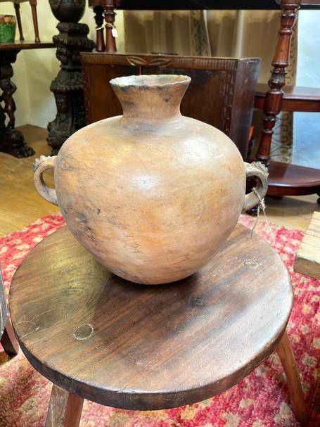 Early Chinautla Ceramic Water Vessel