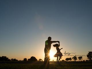 Silhouettes - Outdoor Family Sessions - Sacramento CA