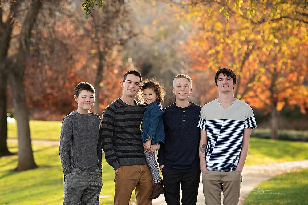 Extended Family Session in El Dorado Hills Ca. El Dorado Community Library Photo Session. Placerville, Sacramento, Roseville, Folsom, and Auburn  Award Winning Photographer.