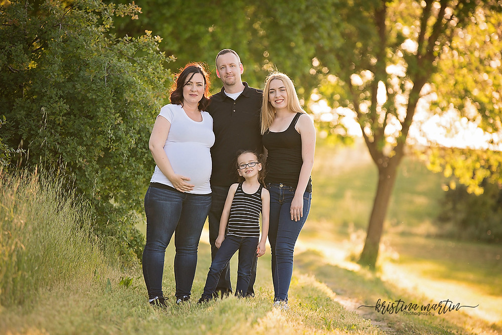 Outdoor photographer, photographer, sacramento photographer, lifestyle photographer, family photographer, newborn photographer, maternity photographer, event photographer, business headshots, roseville photographer