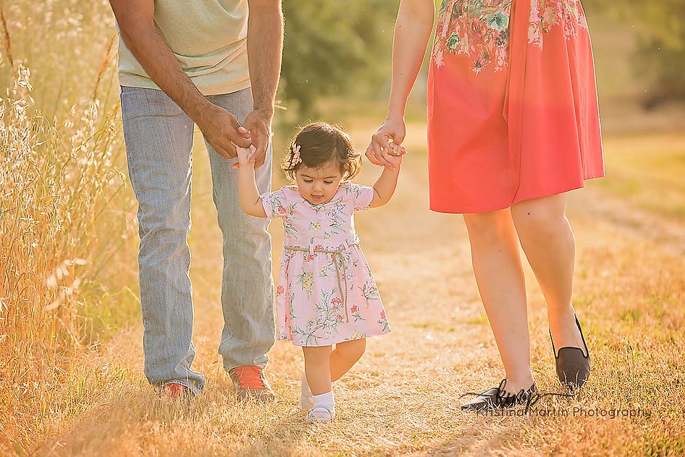 Outdoor photographer, photographer, sacramento photographer, lifestyle photographer, family photographer, newborn photographer, maternity photographer, event photographer, business headshots, roseville photographer