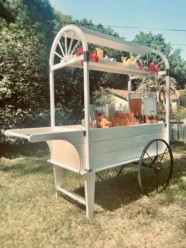 Lady The Peddlers Cart