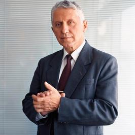 Dr Paul HADENAUER