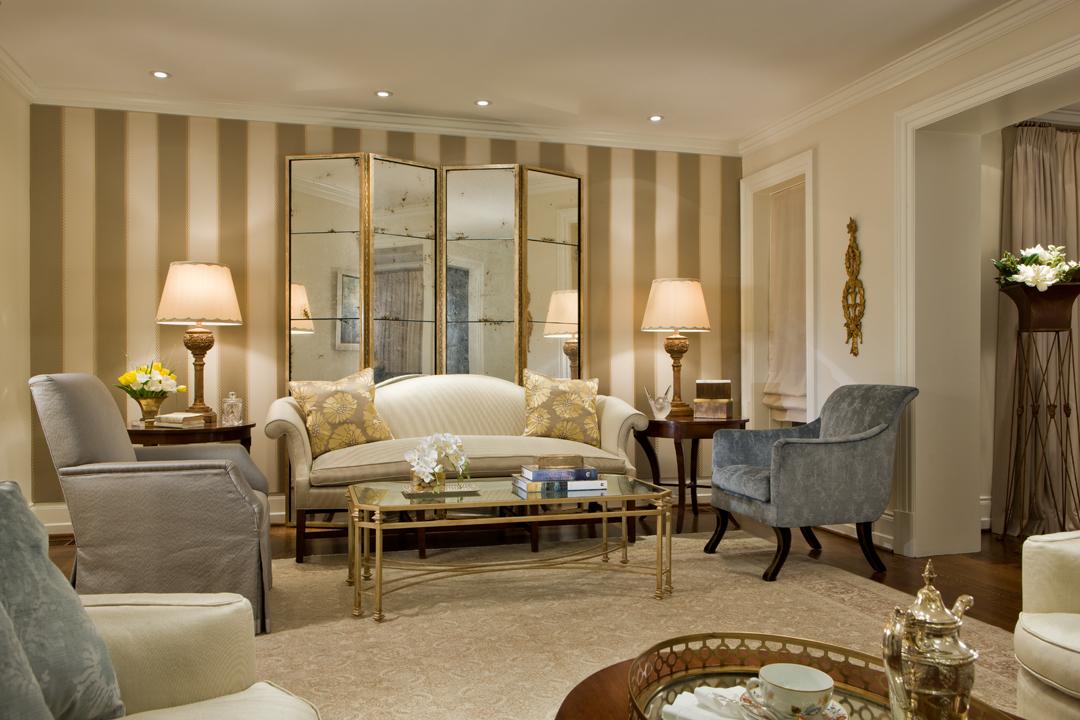 13 Living Room (2)