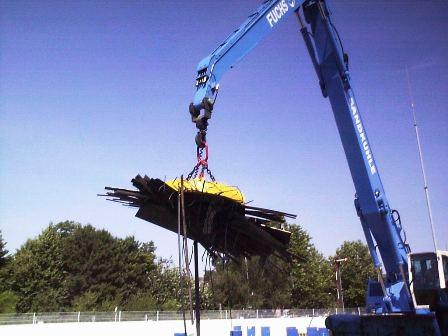 Scrap and bulk material handling