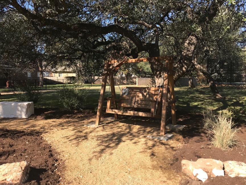 Garden Swing in AMW Park