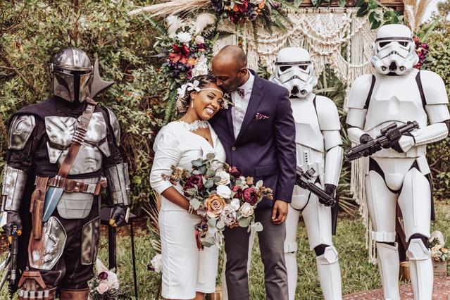 Theme Weddings