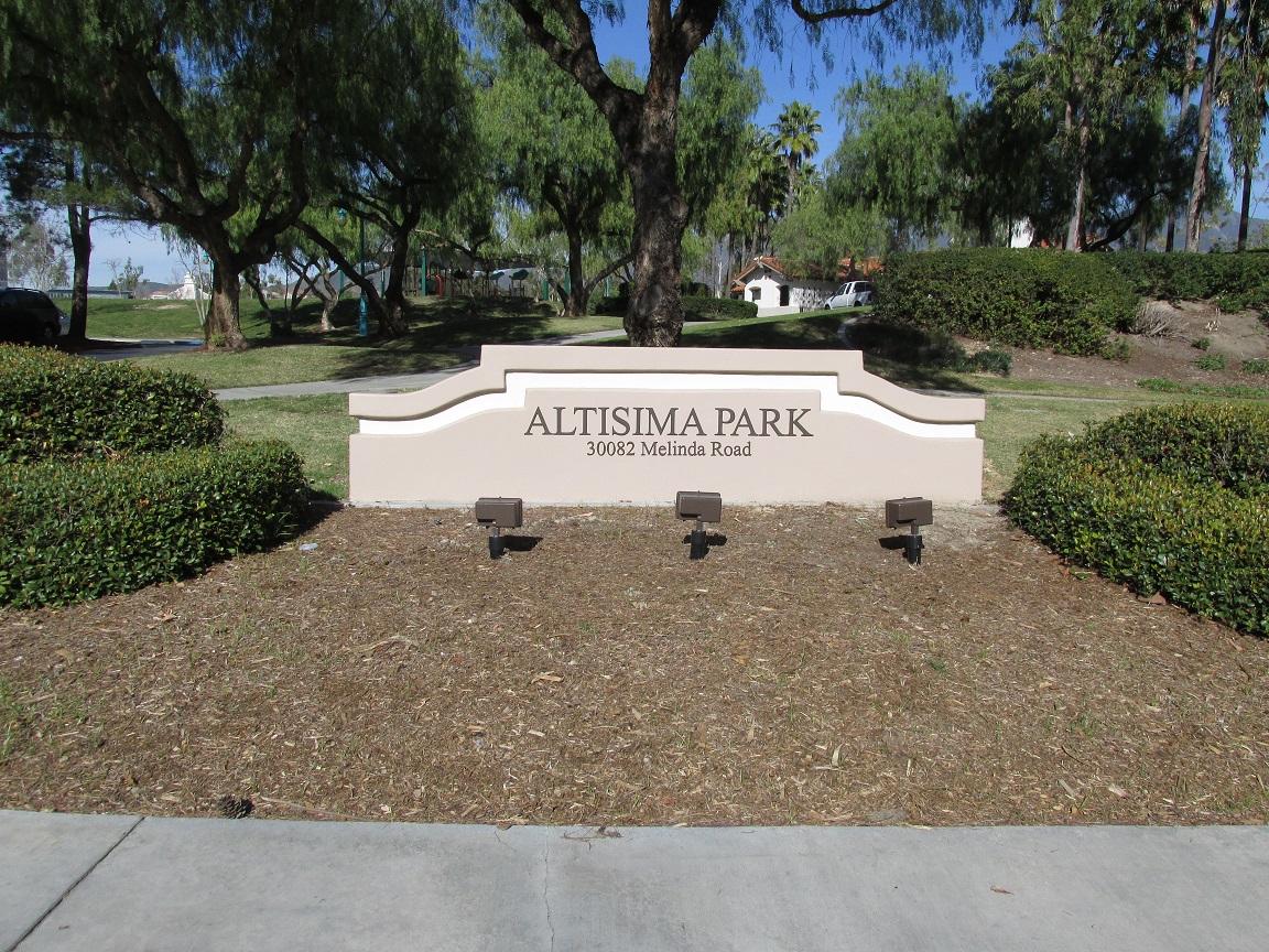 altisima park monument