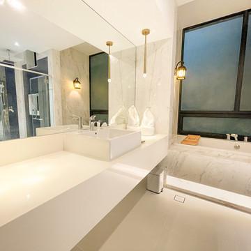 2-Bedroom Residence Bathroom