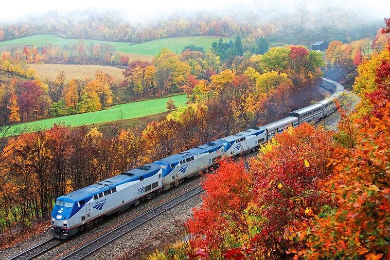 amtrak-fall-train-1024x685.jpg